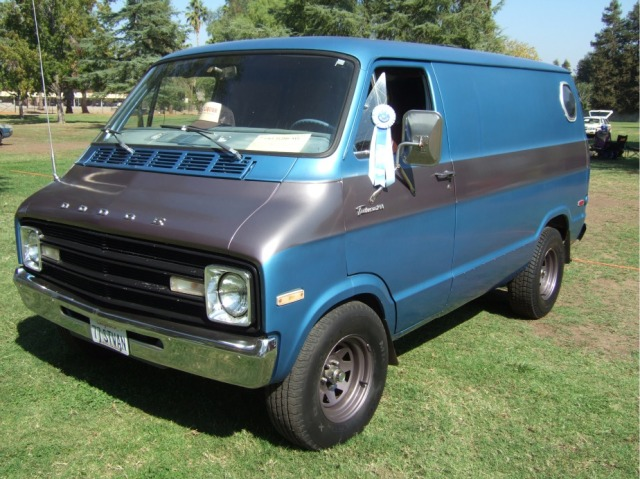 "Blue Ribbon Van: ""MOPAR of Special Merit"""